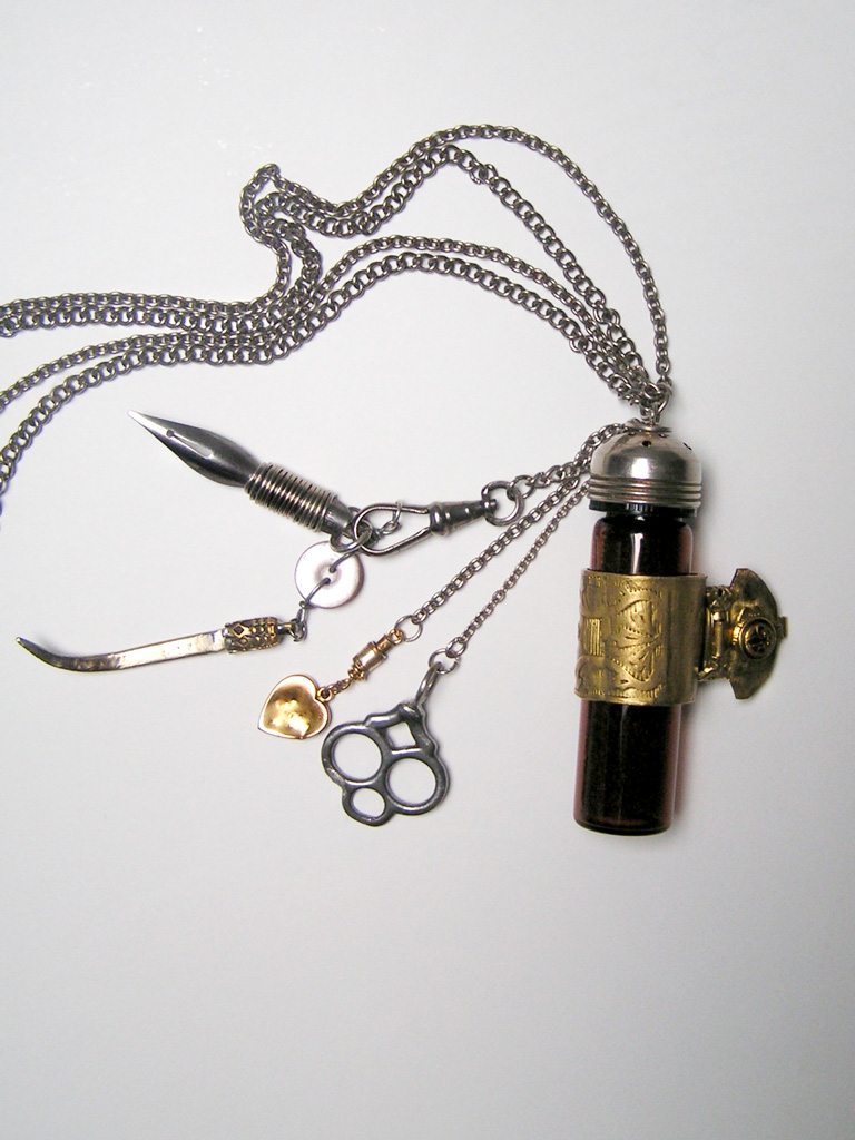 Lodore (Last Glass Chatelaine)
